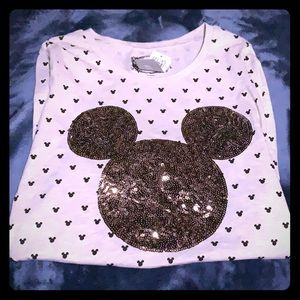 Brand new Mickey Mouse disney shirt